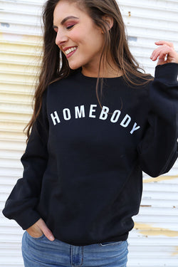 Homebody Graphic Pullover - Curvy - Barefoot Dreamer