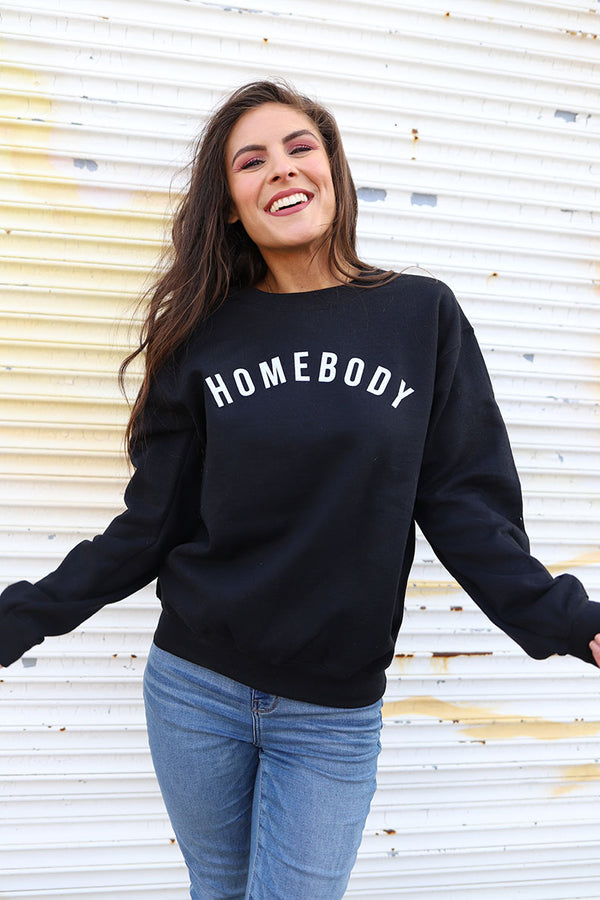 Homebody Graphic Pullover
