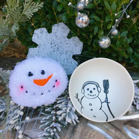 Shallow Snowman Accent Bowl