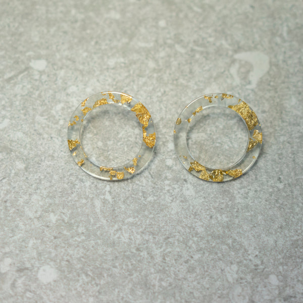 Gold Flakes Round Earrings