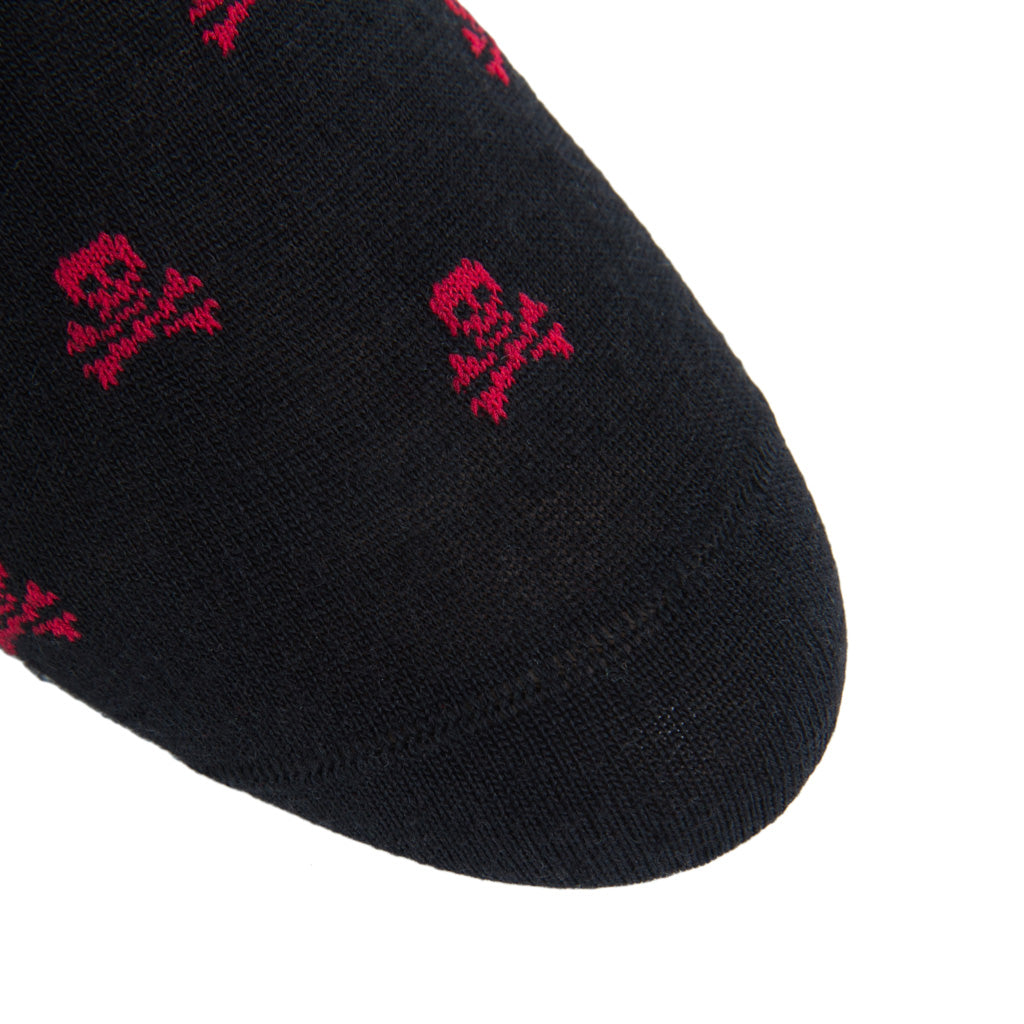 Black-Red-Skull-Crossbones