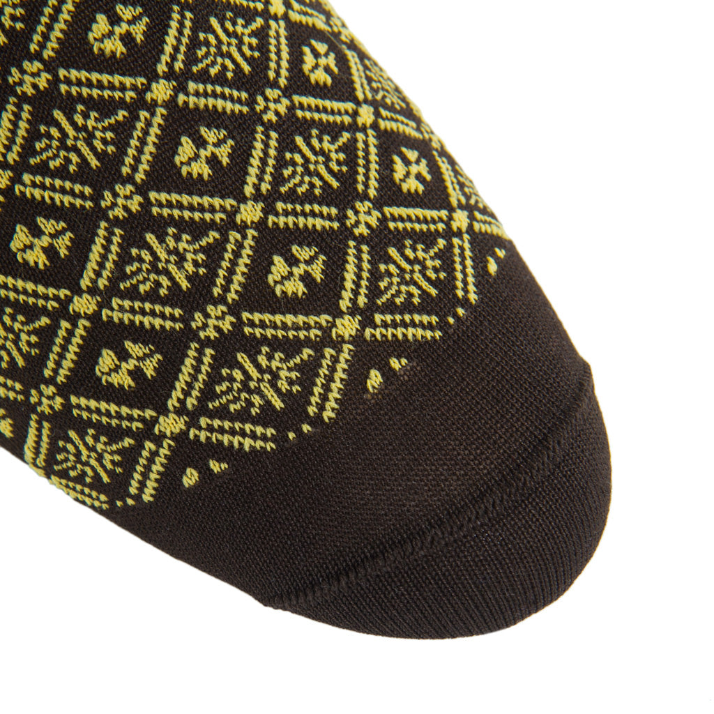Patterned-Brown-Yolk-Sock
