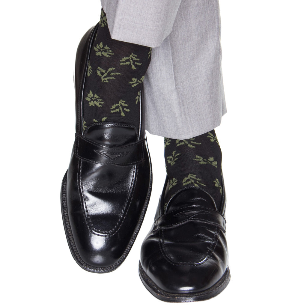 Falling-Leaf-Black-Green-Wool-Sock