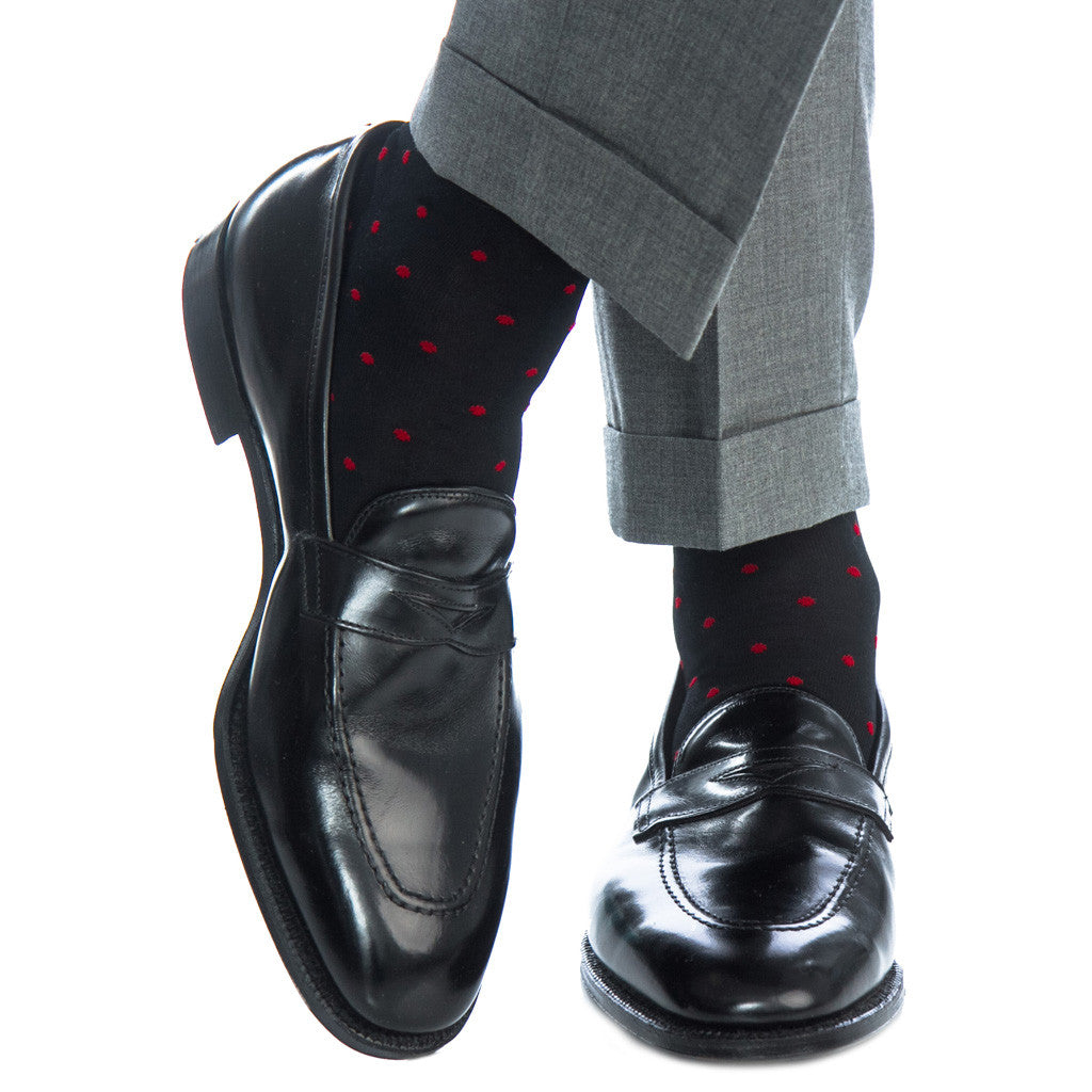 Mens-socks-with-red-dots
