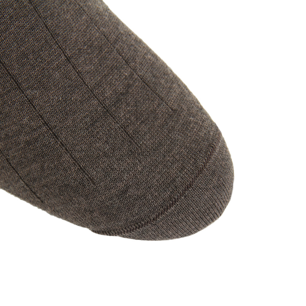 linked-toe Brown Ribbed Cashmere