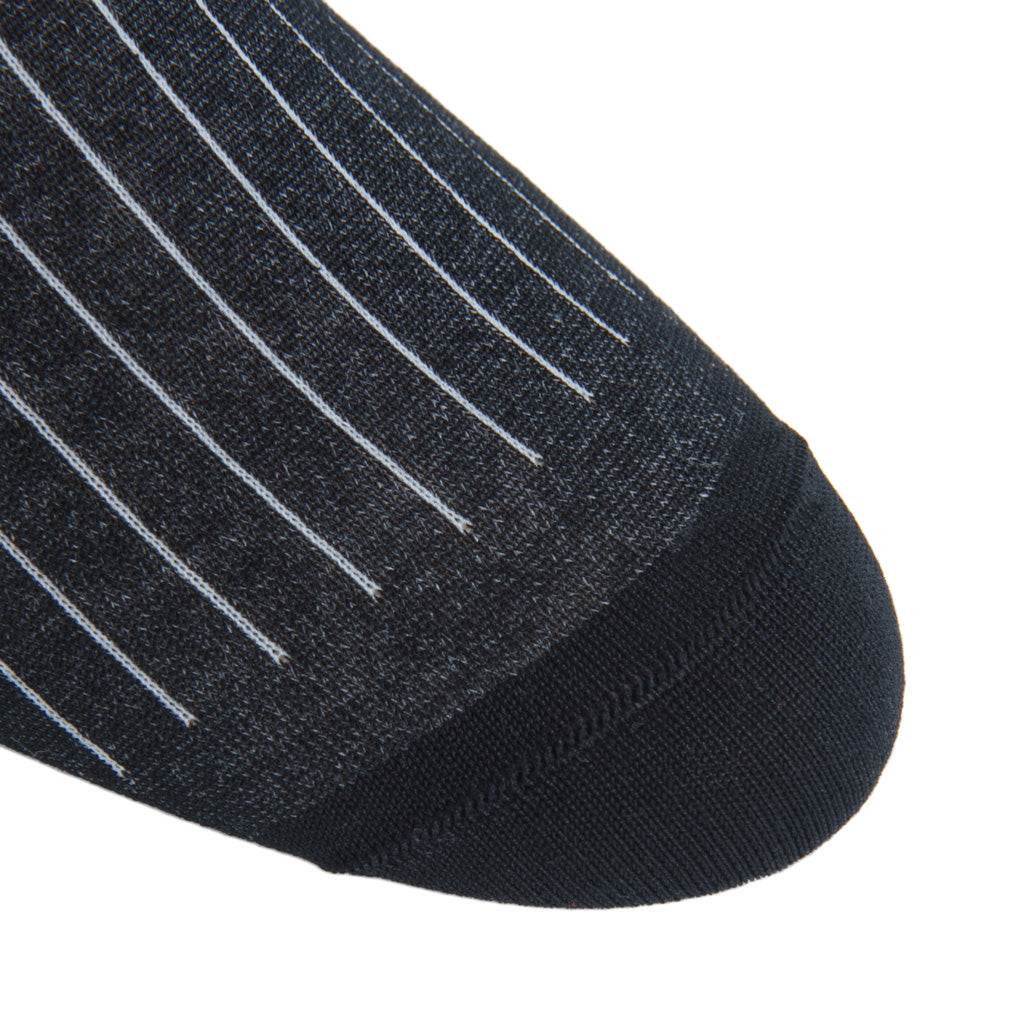 linked-toe black-ash vertical stripe