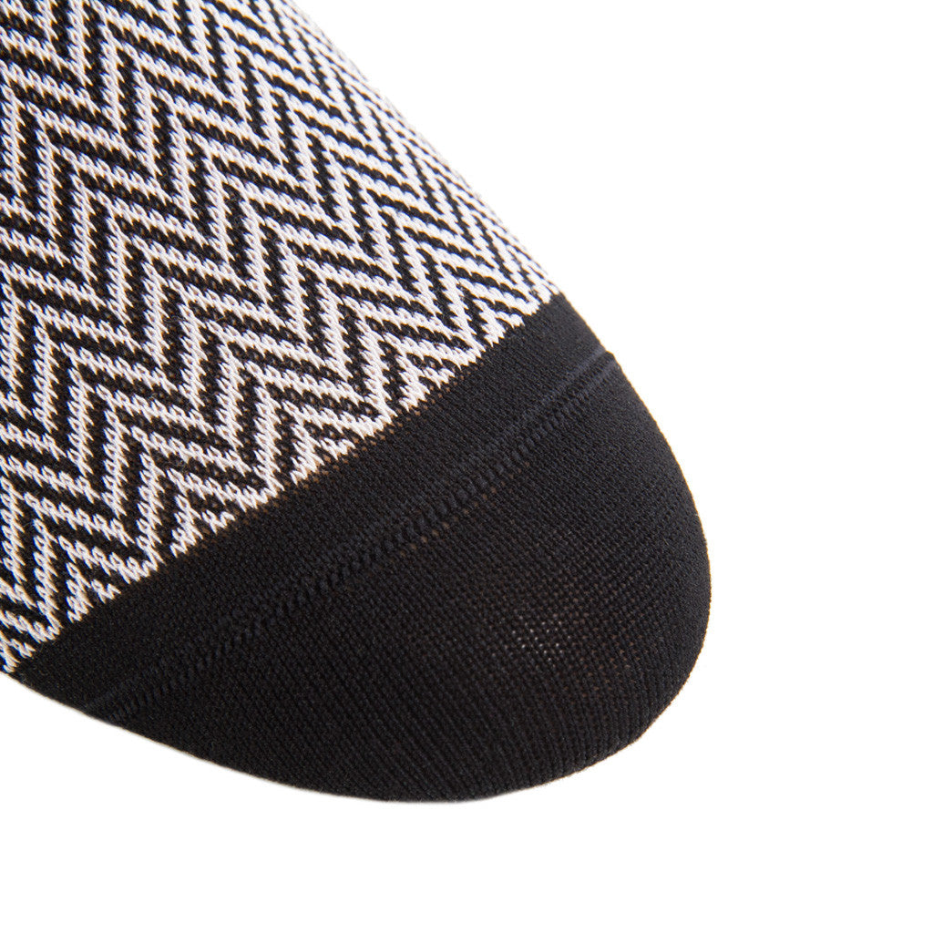 Black-Gray-Herringbone-Sock-Over-the-calf