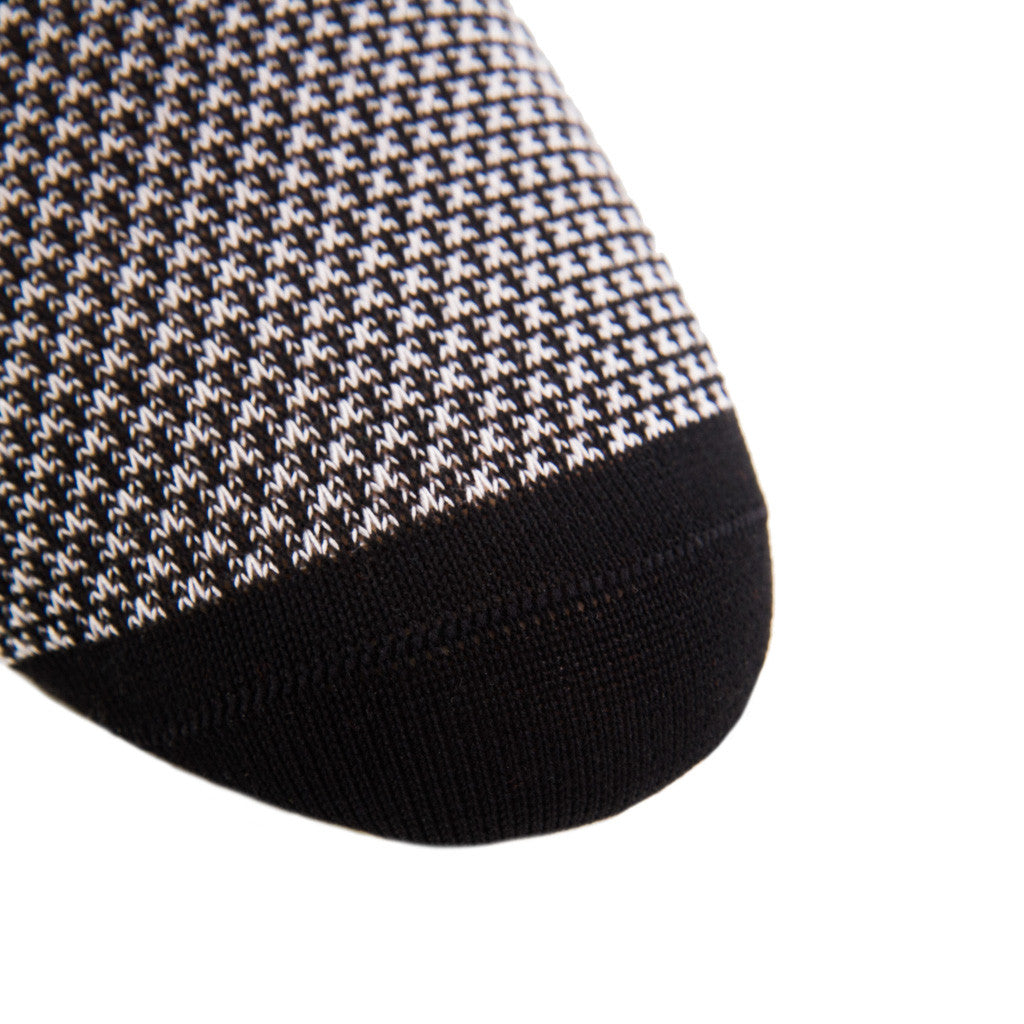 Black-Pattern-Sock