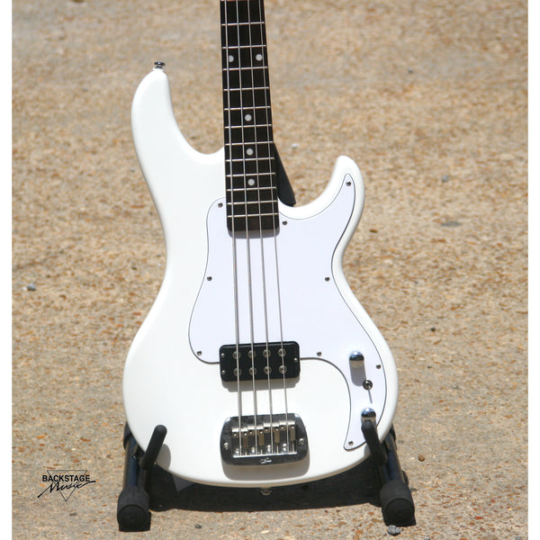 G&L Tribute Kiloton 4 String Bass, Alpine White (SN 6010)