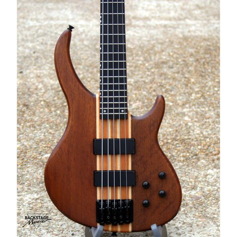 Peavey Grind 5 Bass, Neck Through Body, New, SN 1374