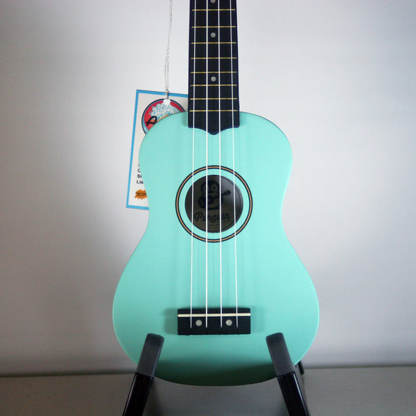 Amahi Penguin Light Blue Ukulele