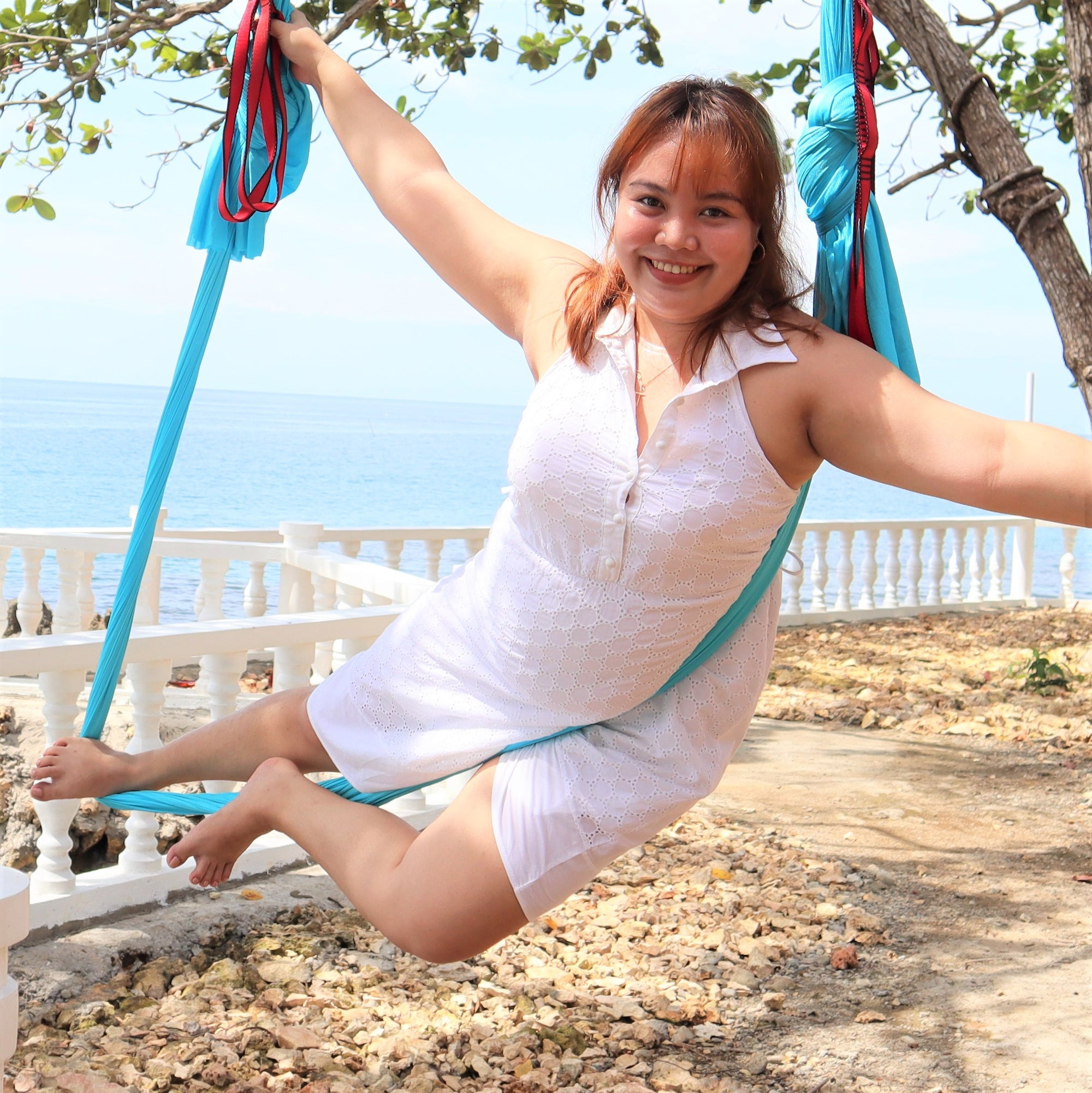 Jeranie Outdoor Aerial Yoga x Uplift Active