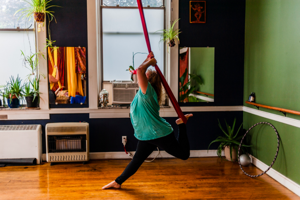 Guide to Your Home Aerial Yoga Space + Aromatherapy