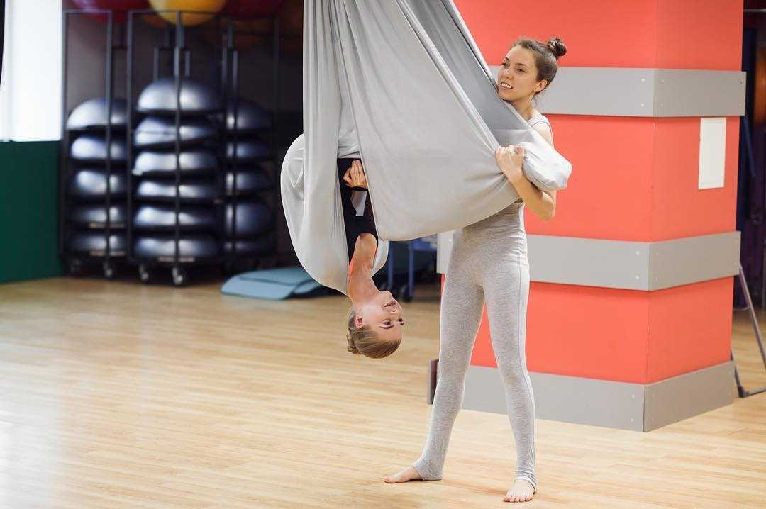 Overcoming Discomfort in Aerial Yoga