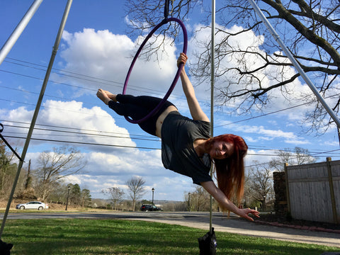Jessalyn Hoffman in Portable Aerial Rig Outside with her Hoop