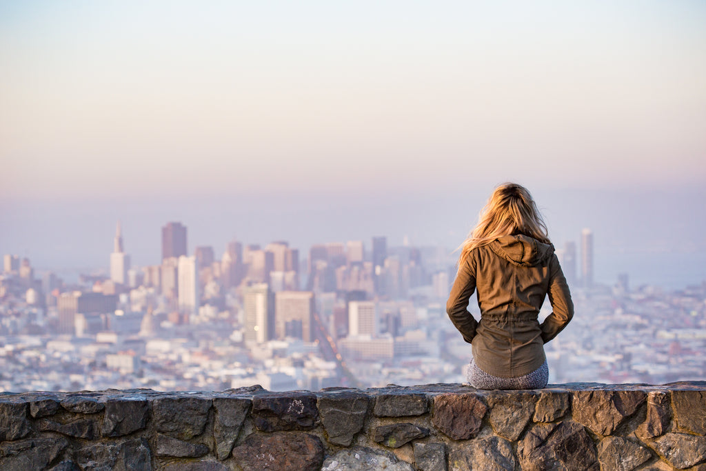 785c0f24e9fb How to Dress in San Francisco for Every Season   Month of the Year – Arden  Cove