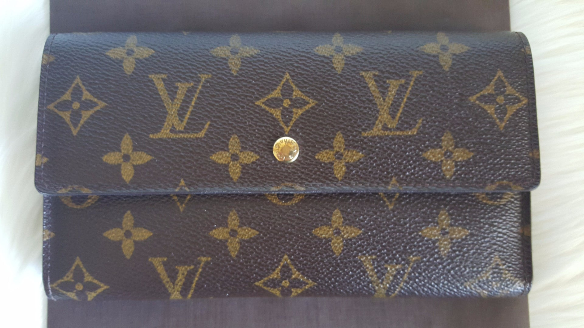 LOUIS VUITTON PORTE TRESOR INTERNATIONAL WALLET - MONOGRAM