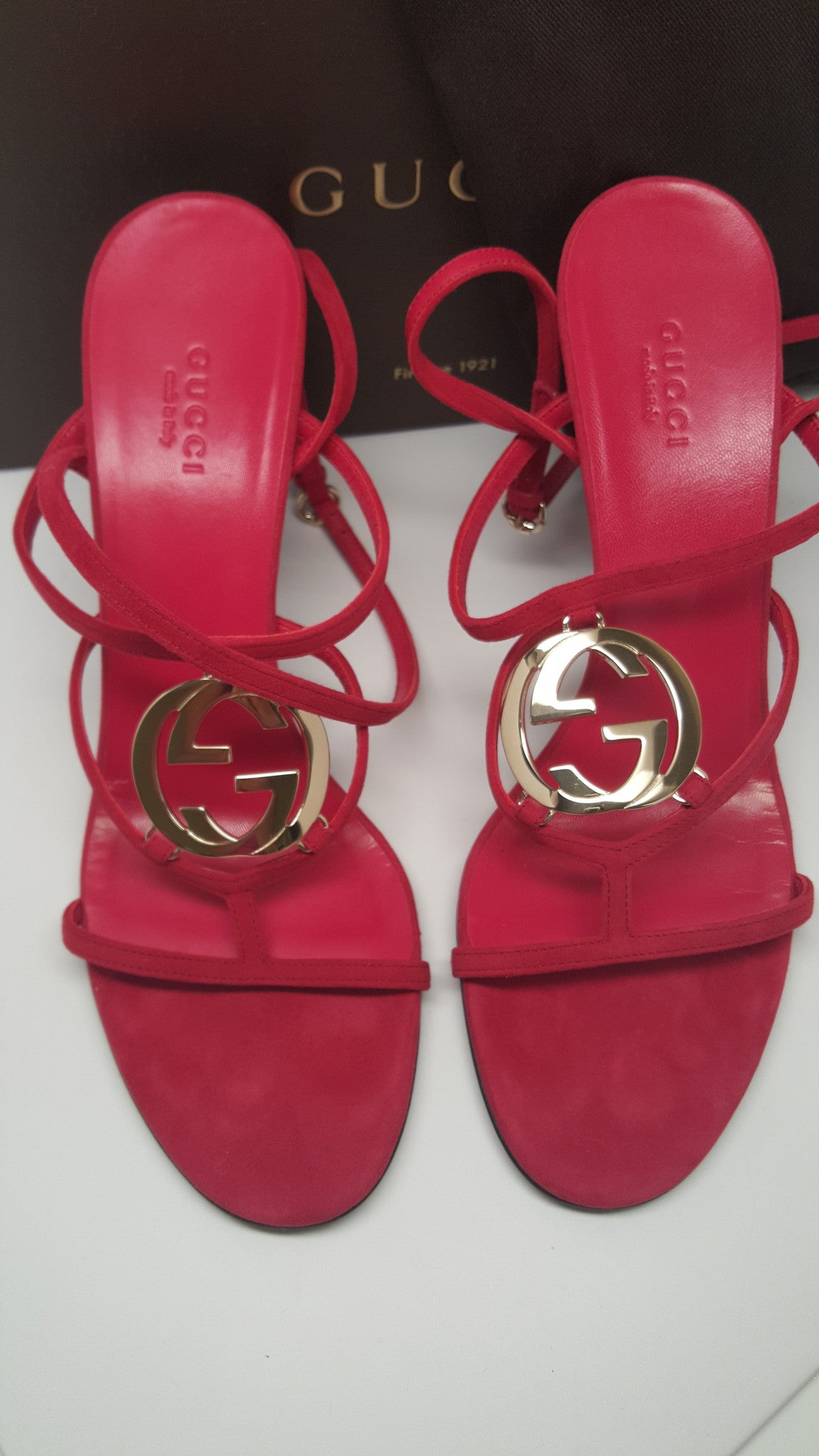 GUCCI GG LOGO HIGH HEELED SANDAL IN STRAWBERRY RED - SIZE 38.5