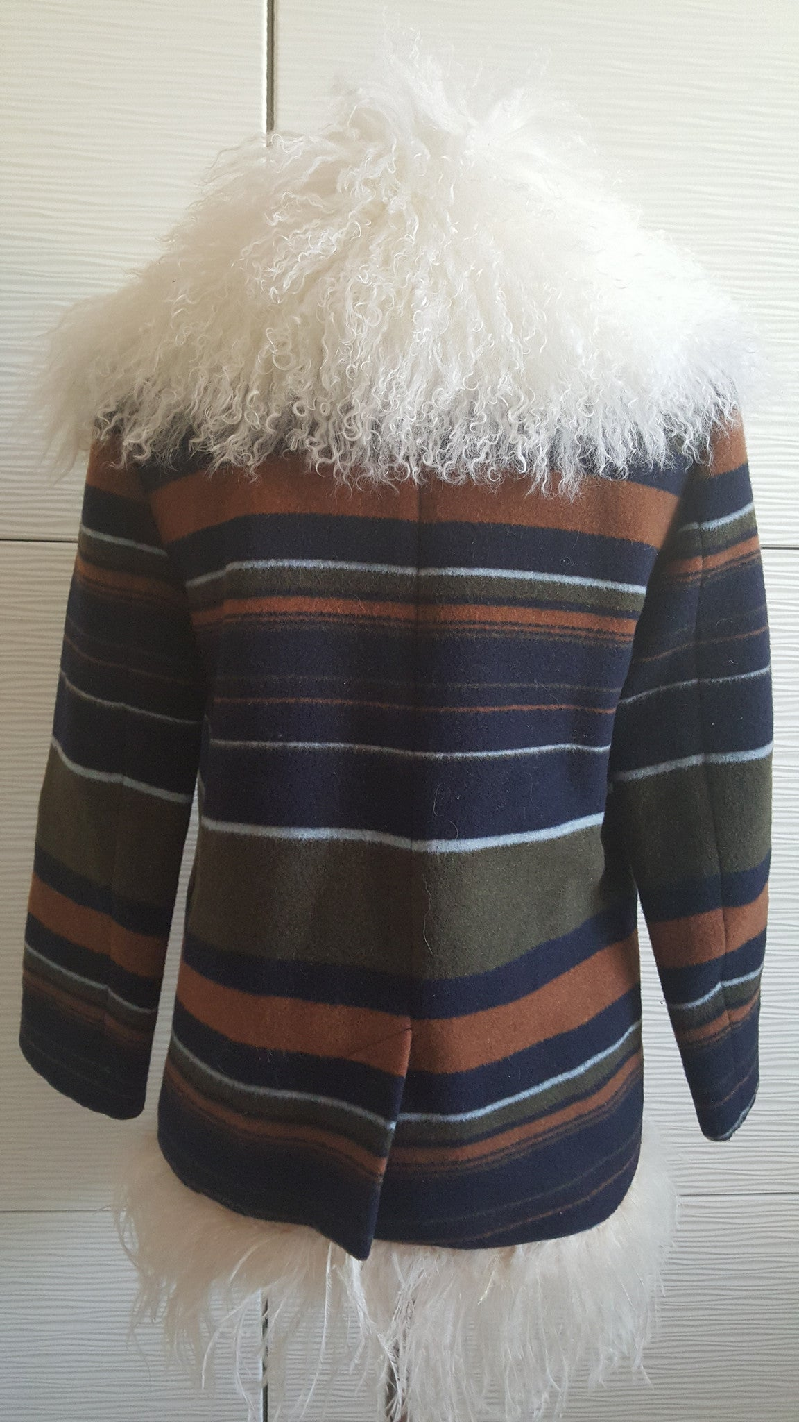 SKAIST TAYLOR WOOL JACKET WITH FUR COLLAR -  SIZE SMALL