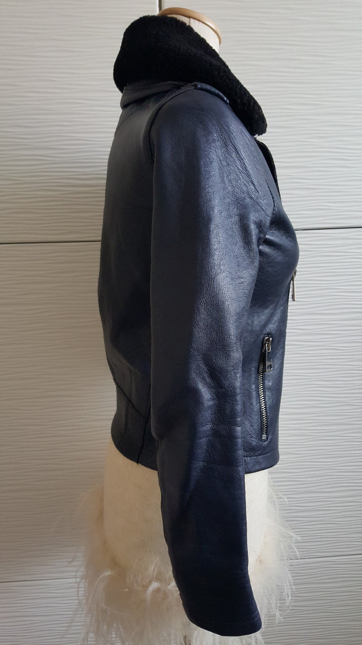 MAJE SHEARLING TRIMMED LEATHER BIKER JACKET - NAVY BLUE - SIZE 36