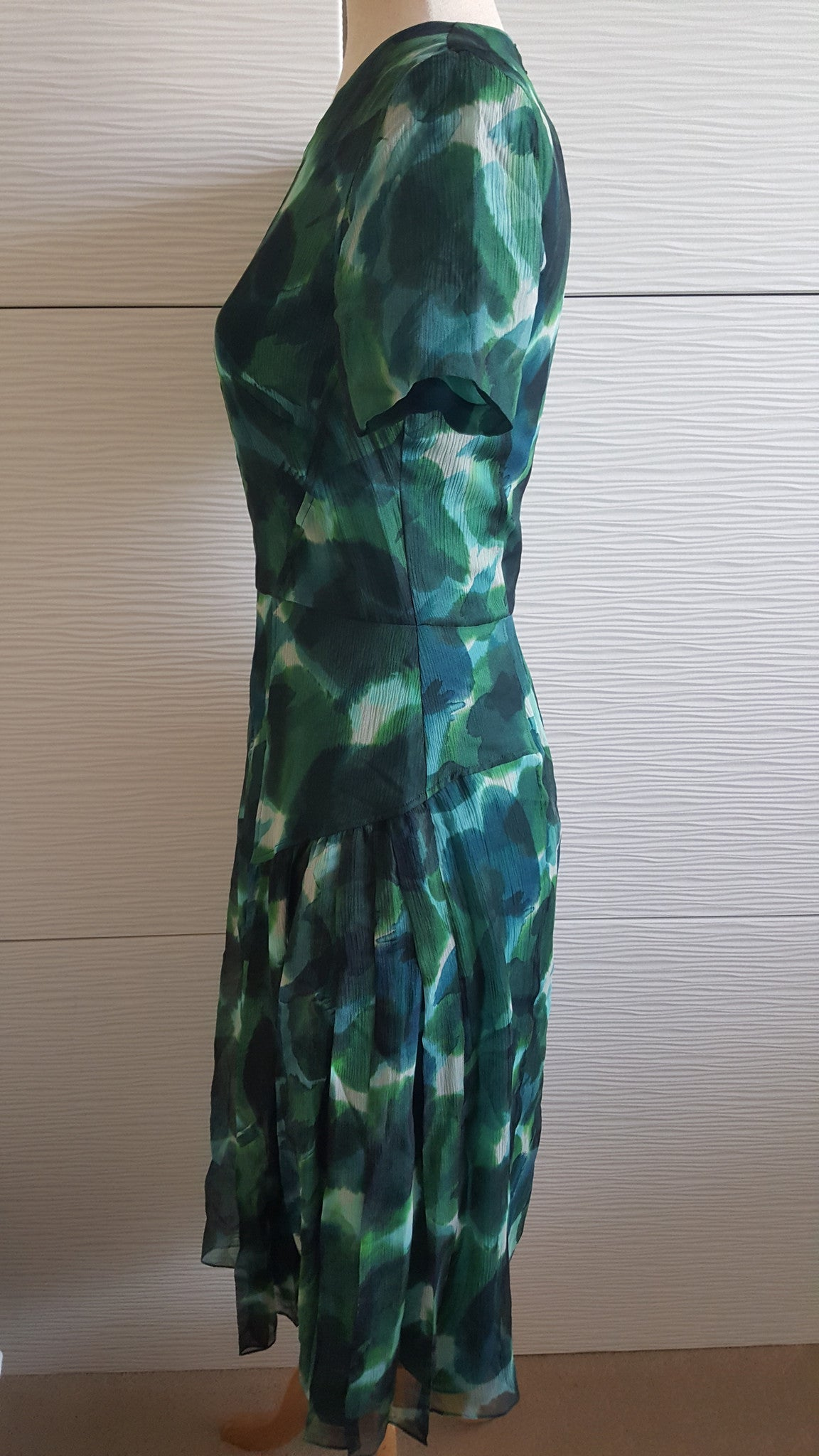 BURBERRY PRORSUM SILK FLORAL PLEAT GREEN DRESS - SIZE 42