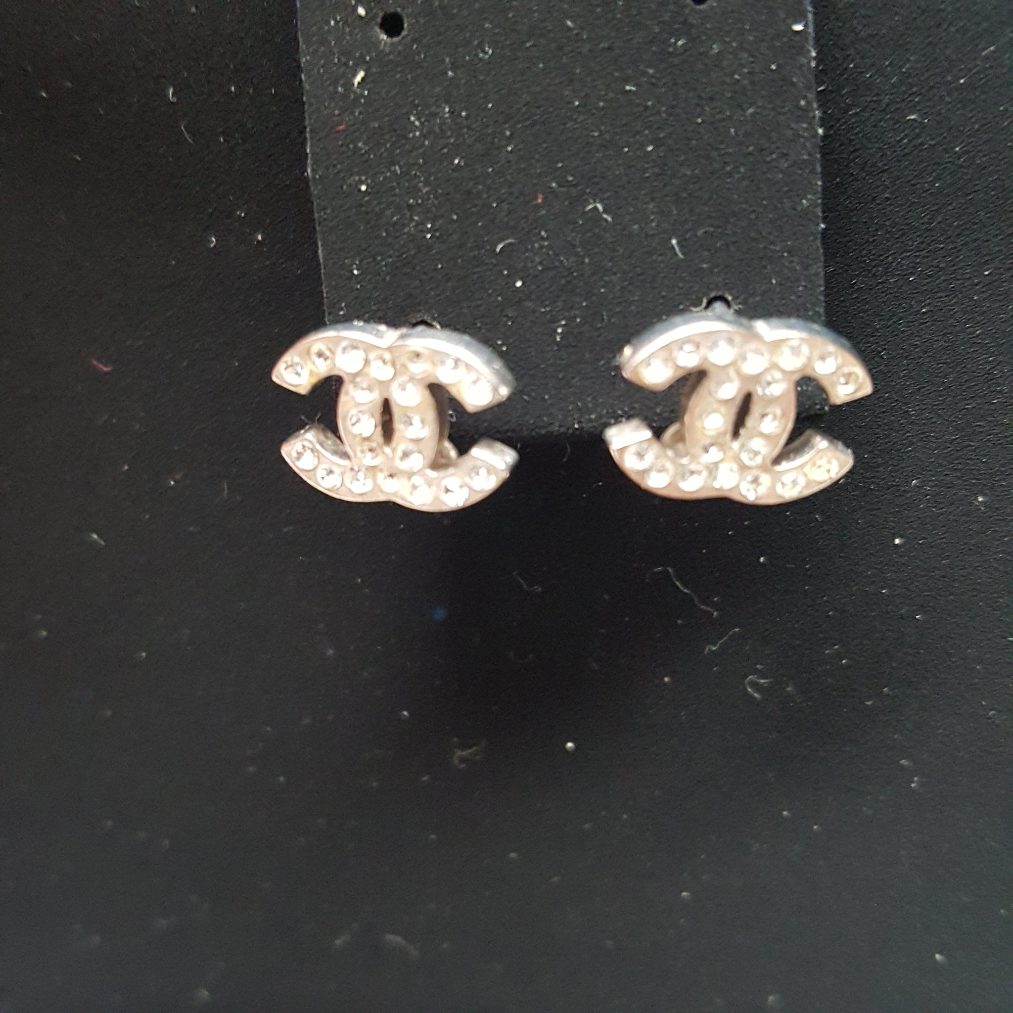 CHANEL CC TIMELESS CRYSTAL STUD EARRINGS - SMALL