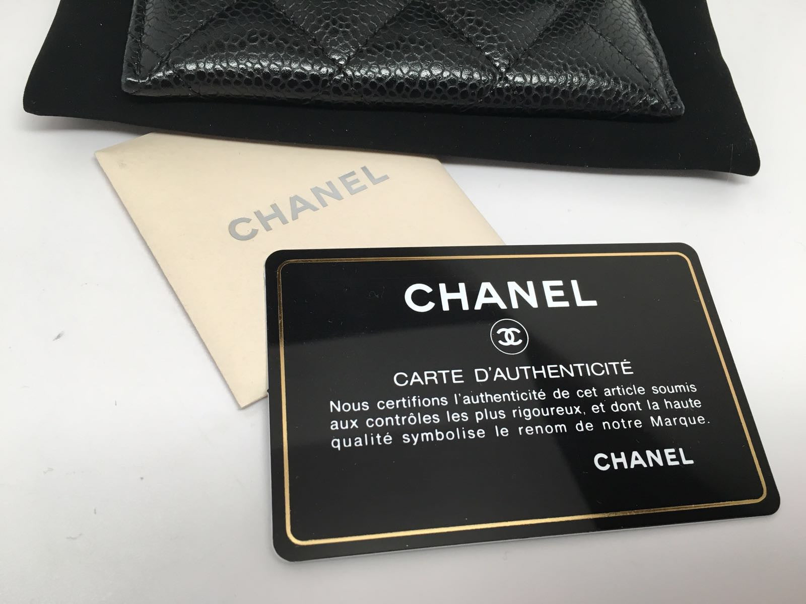 CHANEL BLACK CAVIAR QUILTED CARDCASE