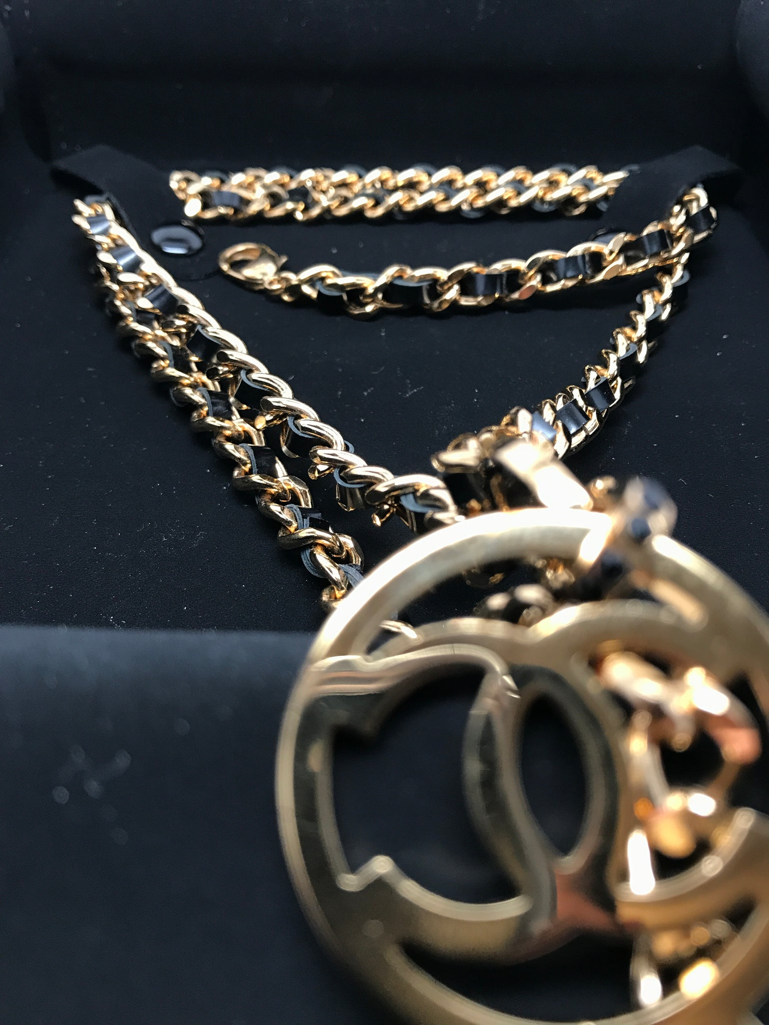 CHANEL GOLD CC KEY LEATHER CHAIN NECKLACE (RUNWAY 2017)