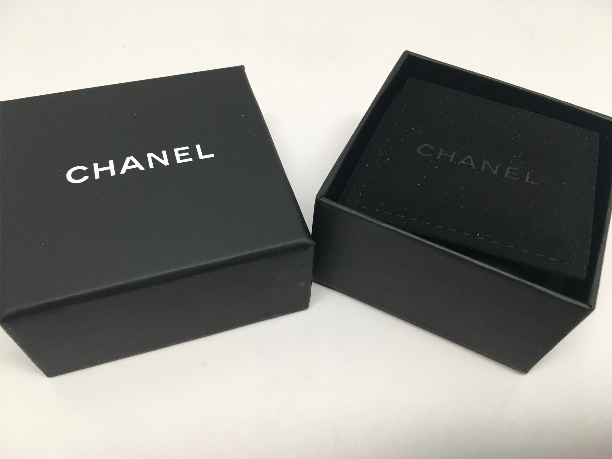 CHANEL CC TIMELESS BLACK/WHITE DROP EARRINGS