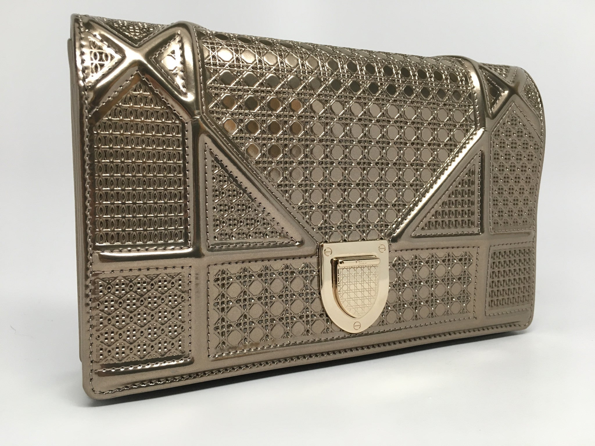 CHRISTIAN DIOR DIORAMA BAG IN CHAMPAGNE METALLIC CALFSKIN WITH MICRO-CANNAGE MOTIF