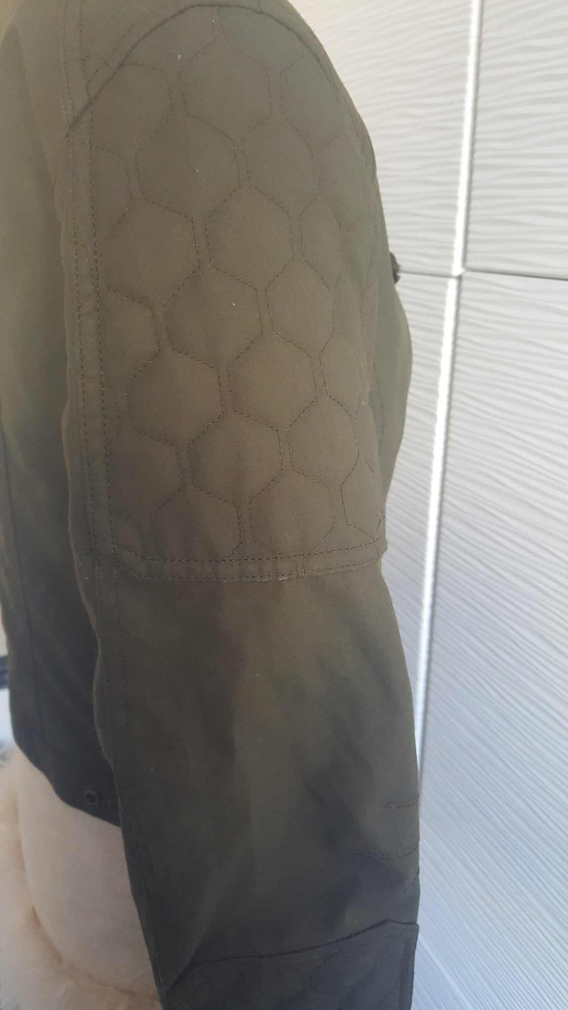 BURBERRY BRIT CROPPED COTTON OLIVE GREEN BIKER JACKET - SIZE US 8