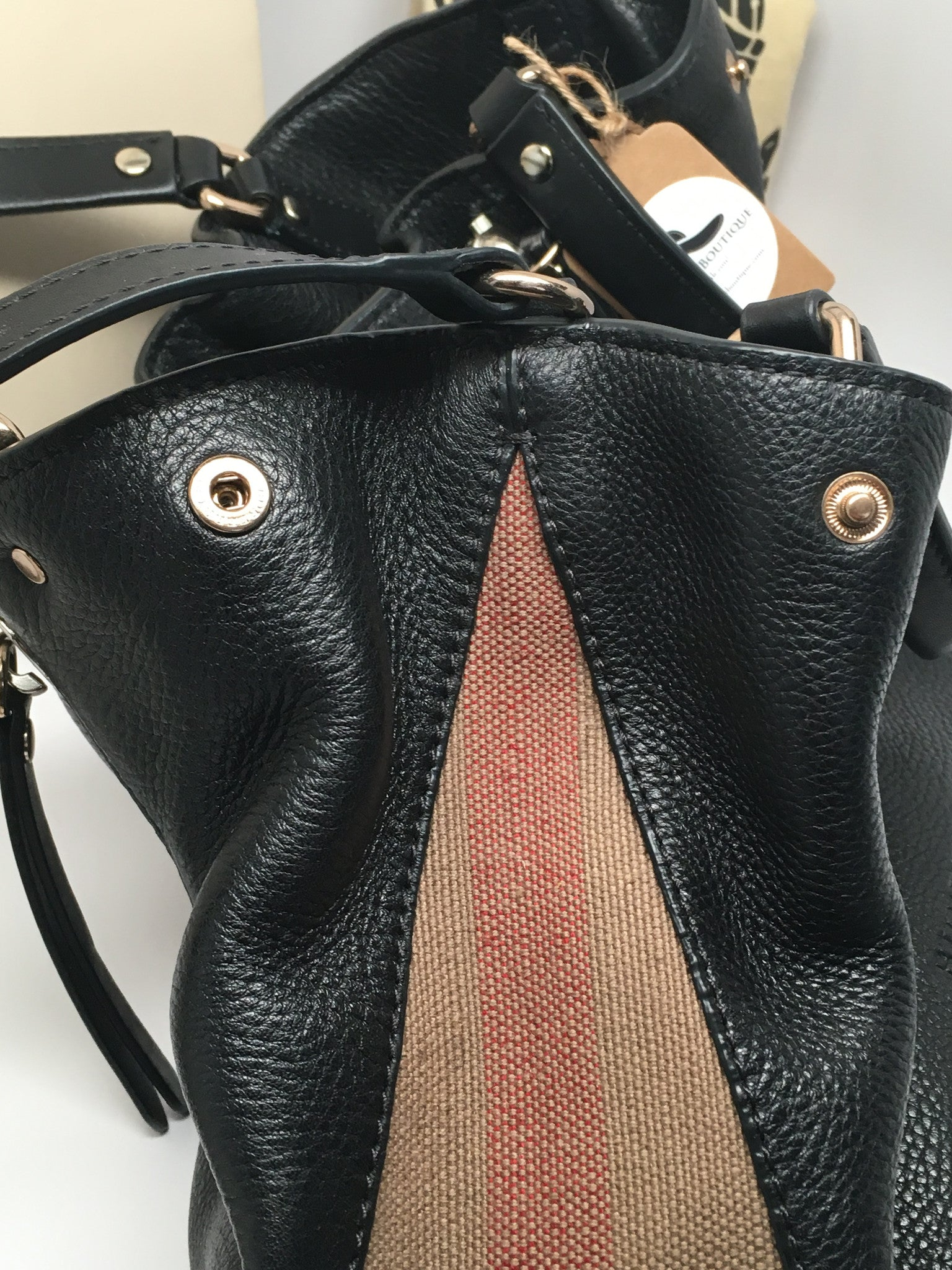 2ebd3e89dad0 BURBERRY SMALL MAIDSTONE LEATHER SATCHEL – Hebster Boutique