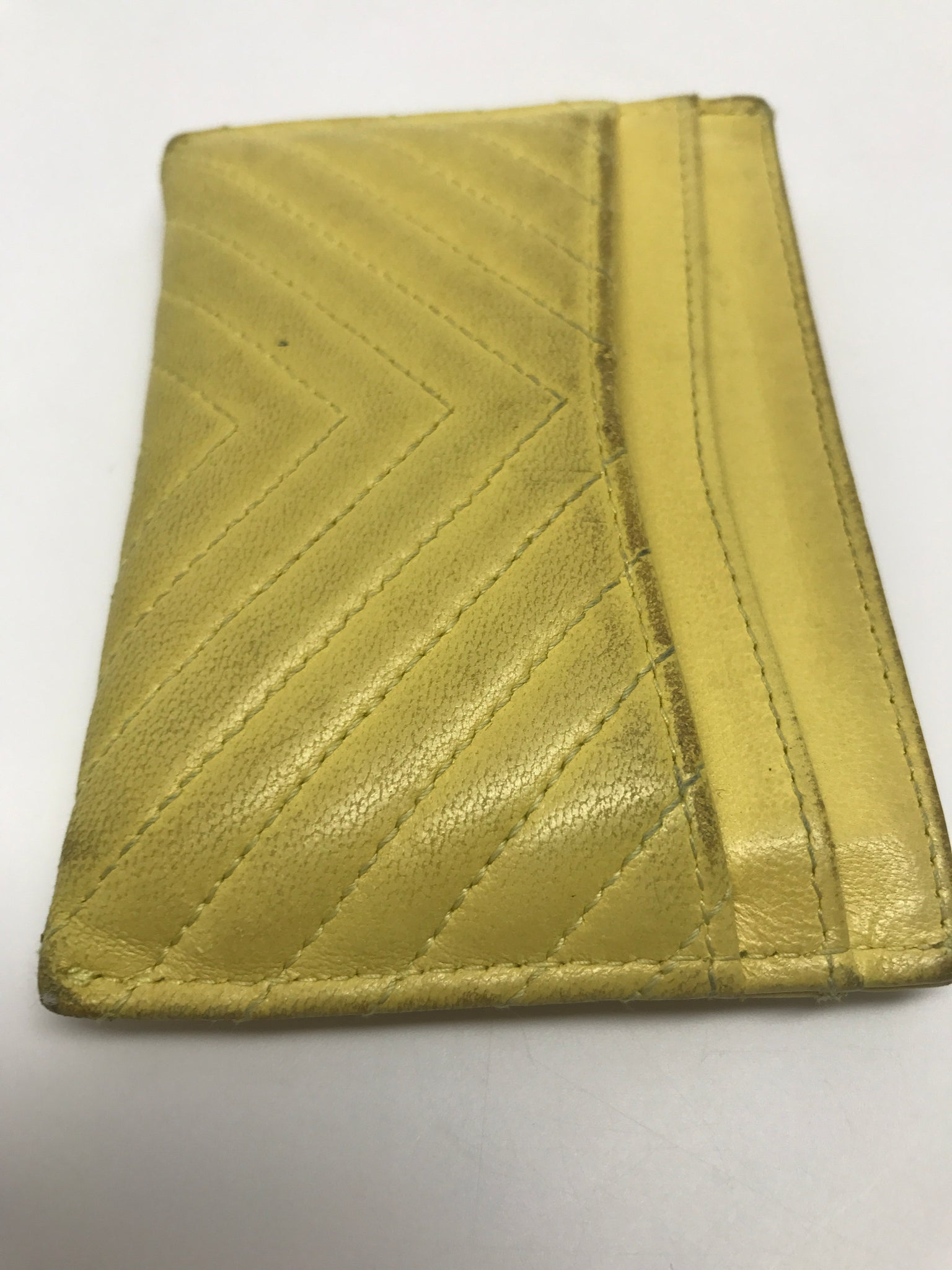 CHANEL YELLOW CHEVRON QUILTED CARDCASE