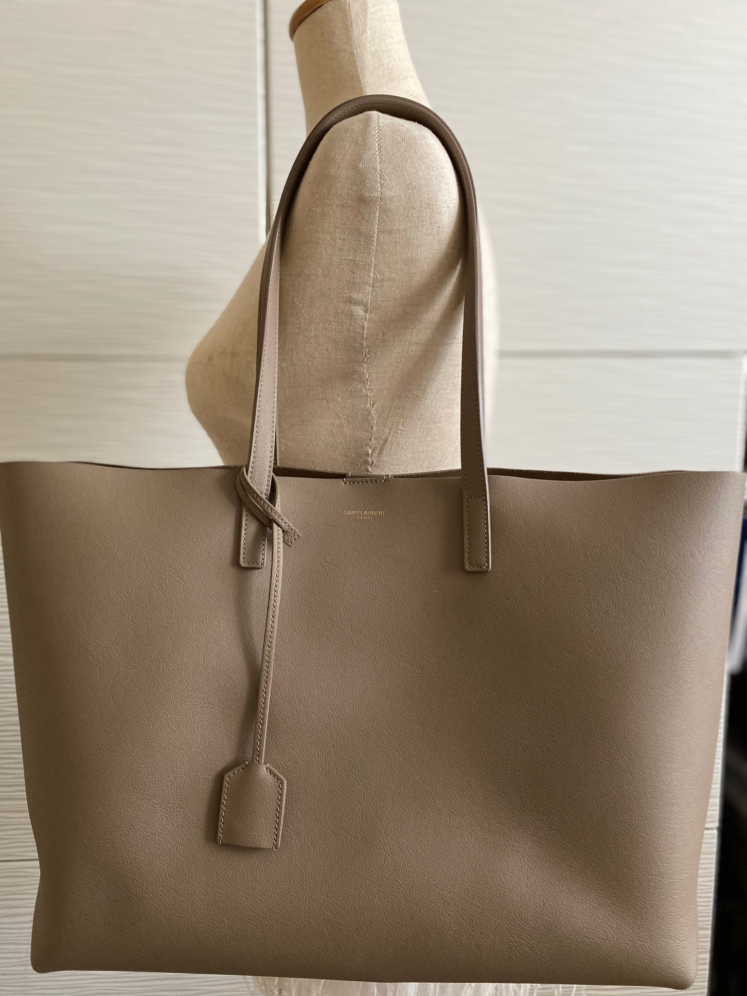 SAINT LAURENT CALFSKIN SHOPPING TOTE BAG, TAUPE