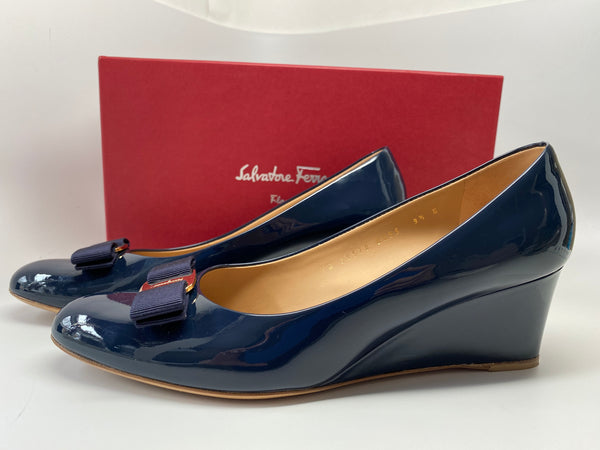 SALVATORE FERRAGAMO MIRABEL BLUE PATENT TOSCA WEDGE - SIZE 9.5