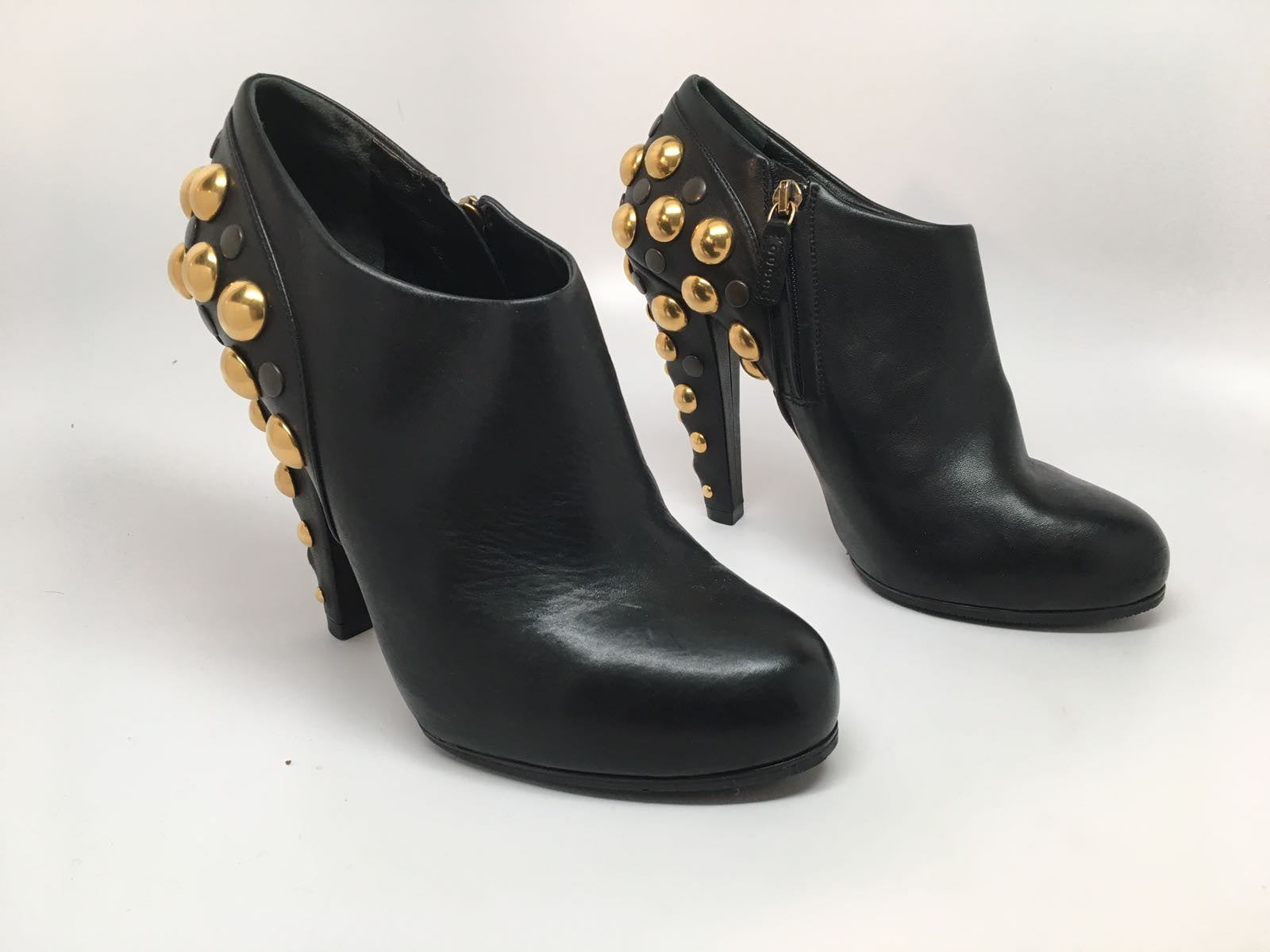 f5ab2df82 GUCCI BABOUSKA BLACK GOLD STUDDED ANKLE BOOTS - SIZE 36.5 – Hebster Boutique