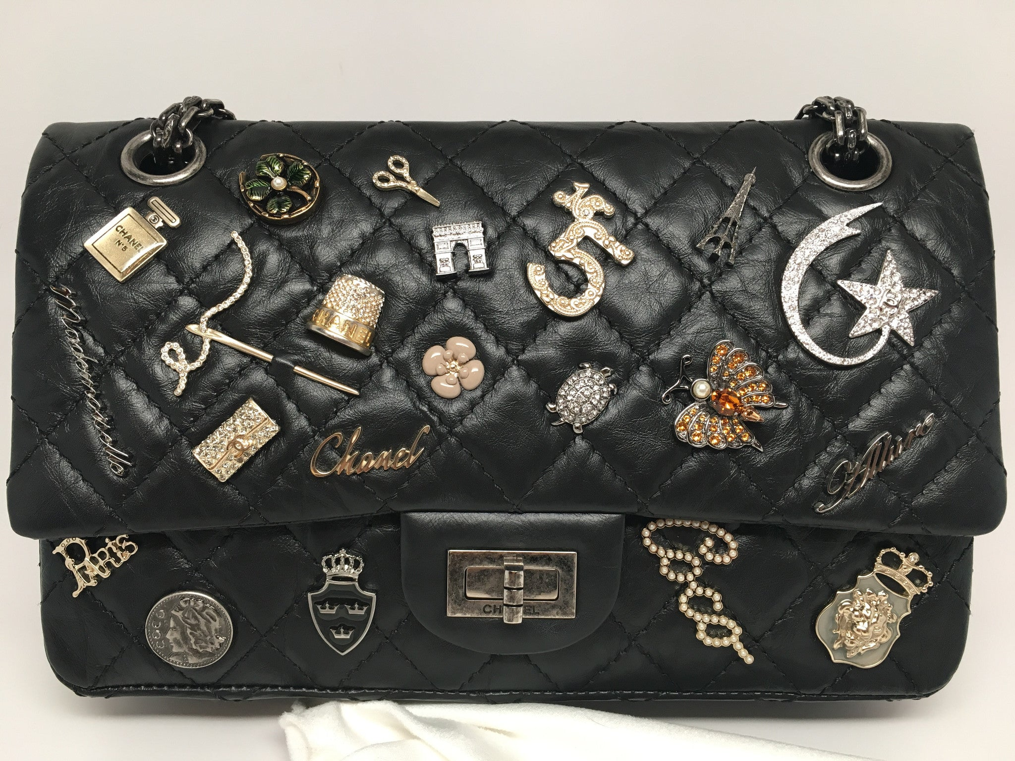ce680023c7df CHANEL VINTAGE LIMITED EDITION BLACK QUILTED LUCKY CHARM 2.55 FLAP BAG –  Hebster Boutique