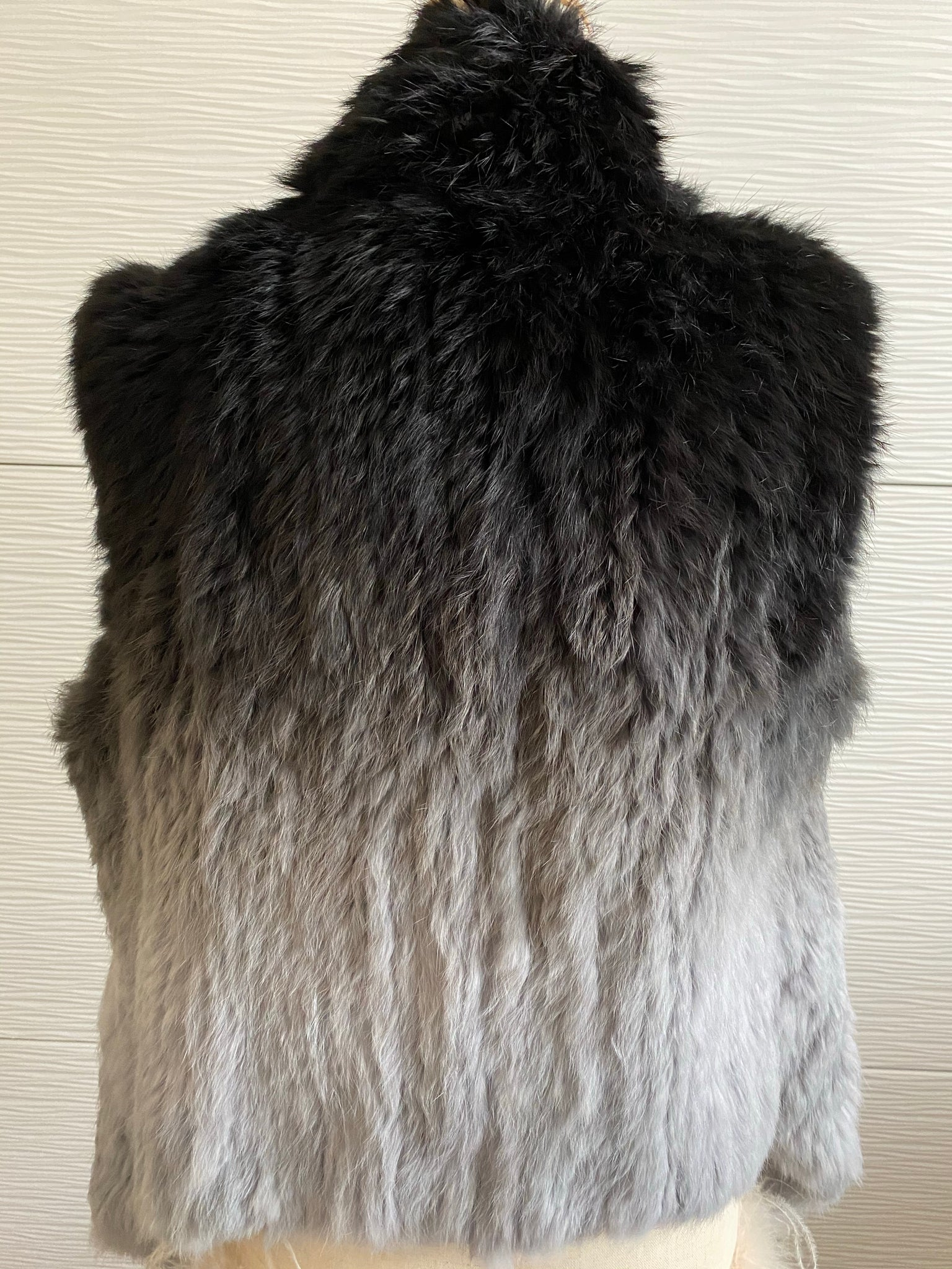 DANIER GRAY AND BLACK KNITTED RABBIT OMBRE FUR VEST - SIZE MEDIUM