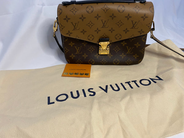 LOUIS VUITTON POCHETTE METIS IN MONOGRAM REVERSE CANVAS