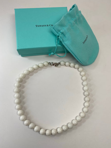 TIFFANY & CO. WHITE DOLOMITE BEAD NECKLACE