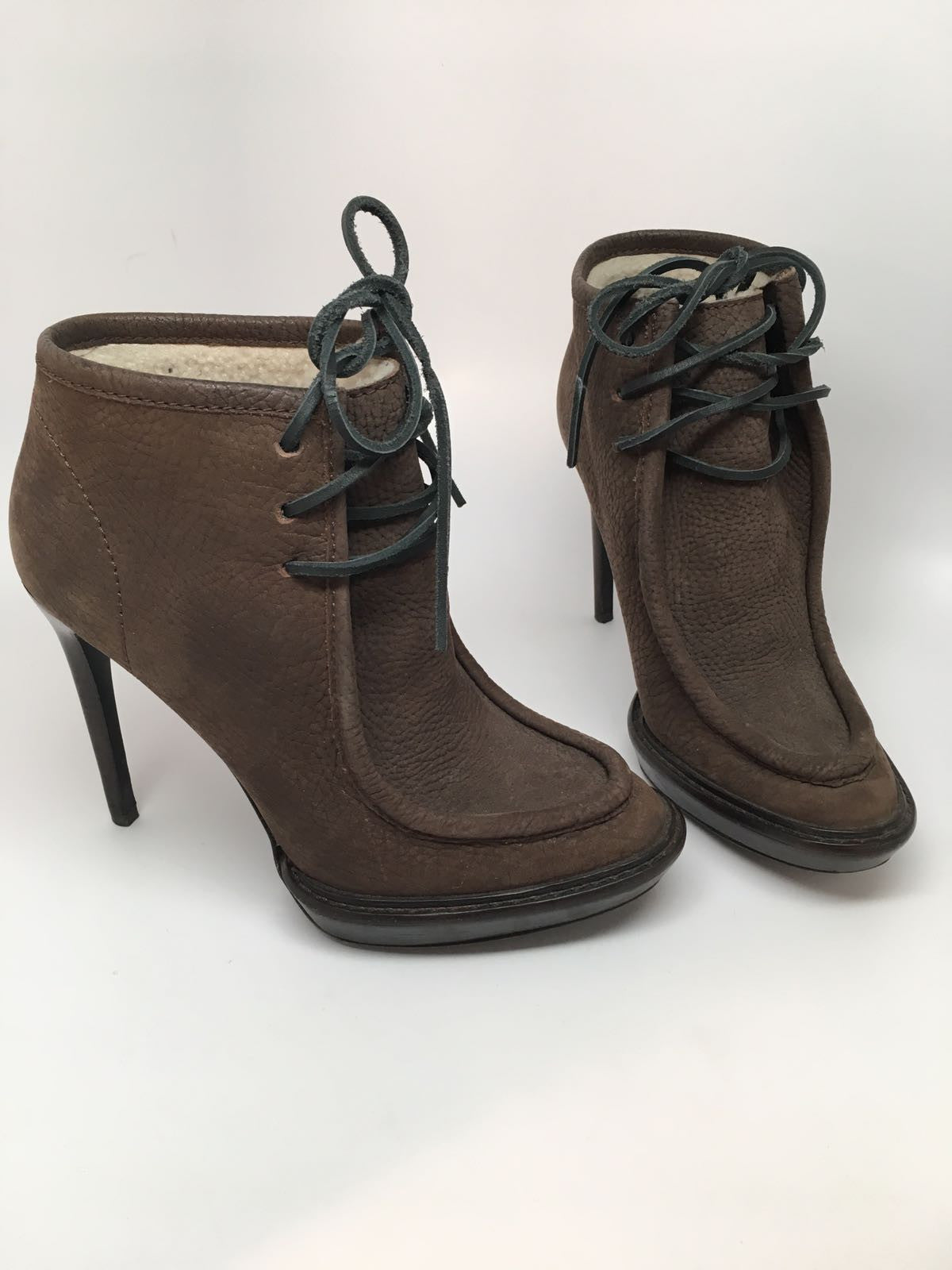 BURBERRY PRORSUM 'THE FIELD' SUEDE ANKLE BOOTS - SIZE 36.5