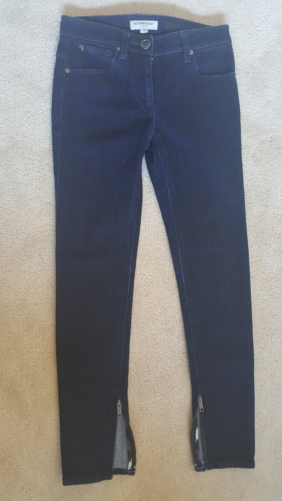 BURBERRY LONDON 'THORNLEY CROFT' SKINNY CROPPED LEG JEANS - SIZE 25 W
