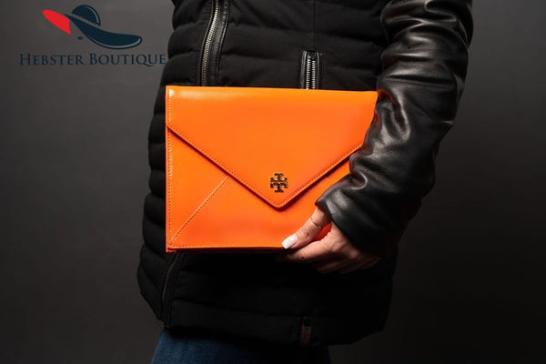 TORY BURCH ORANGE PATENT ENVELOPE CLUTCH