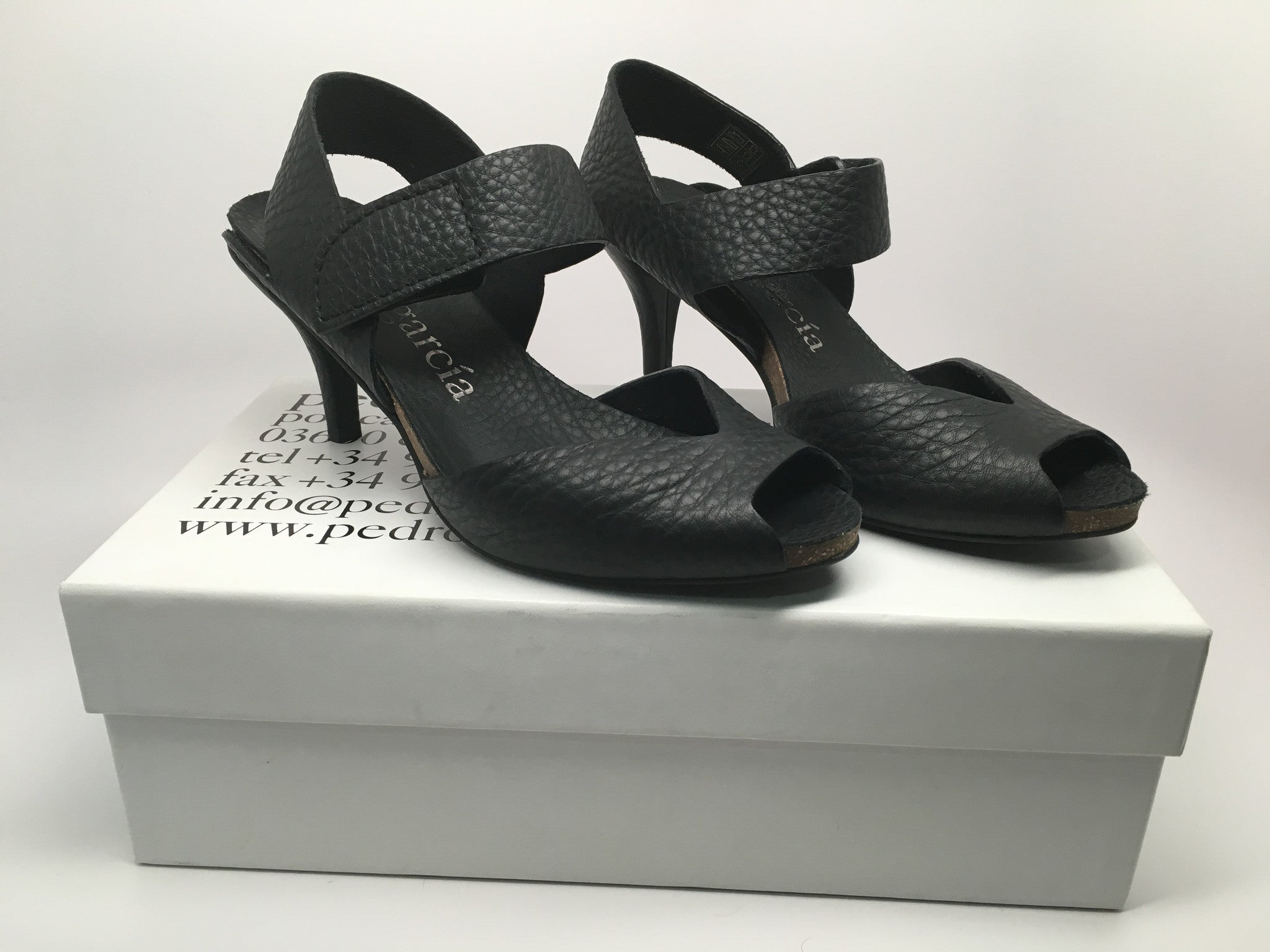NEW PEDRO GARCIA MONTE LEATHER SANDAL SIZE 37