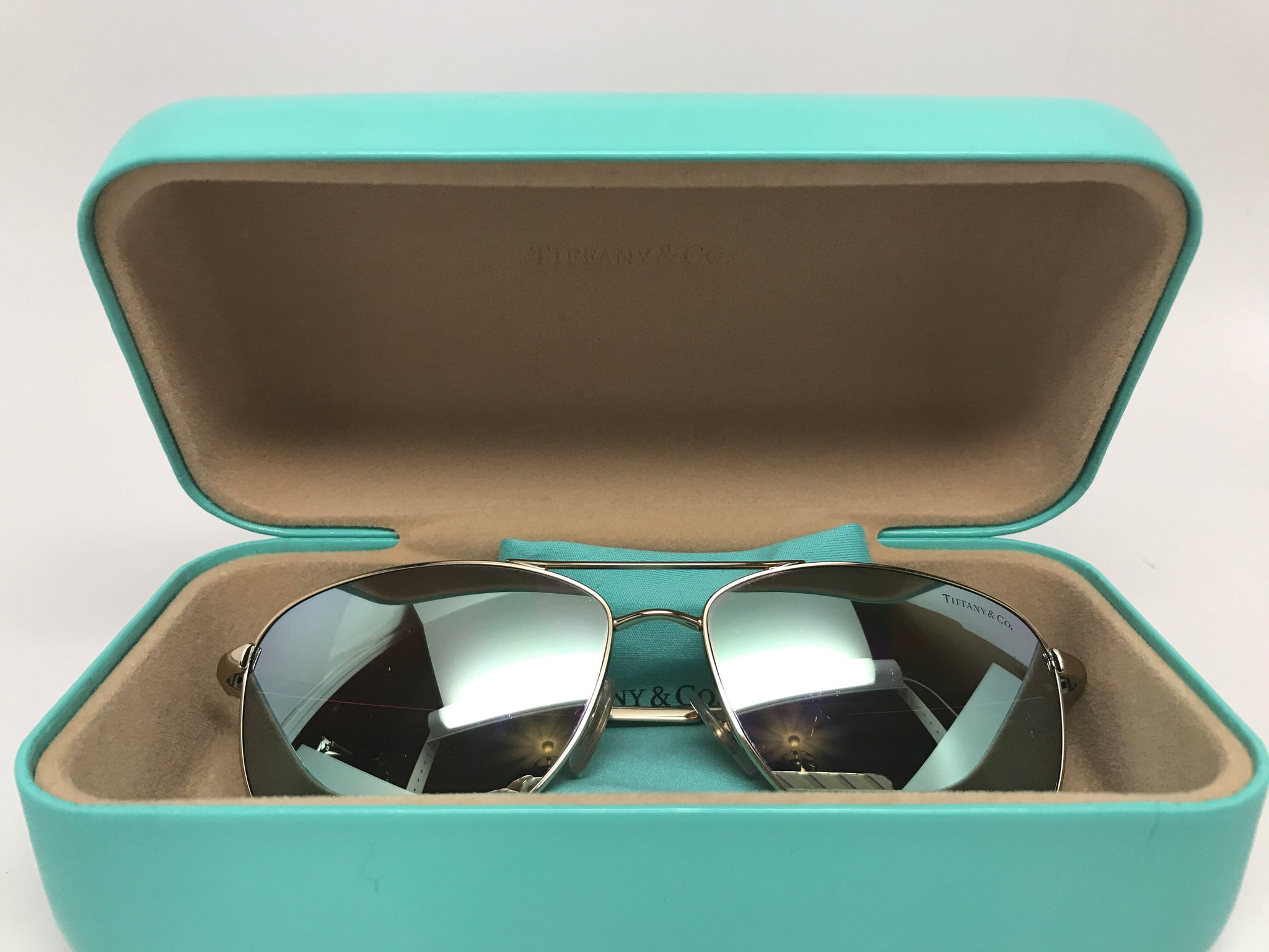 77adae82a58e TIFFANY   CO. TWIST AVIATOR BOW SUNGLASSES – Hebster Boutique