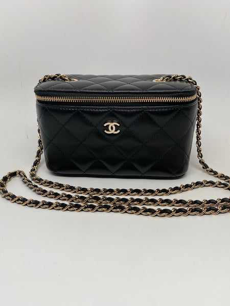 CHANEL CLASSIC LAMBSKIN BLACK VANITY WITH CHAIN