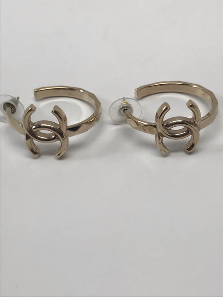 CHANEL CC GOLD HOOP EARRINGS