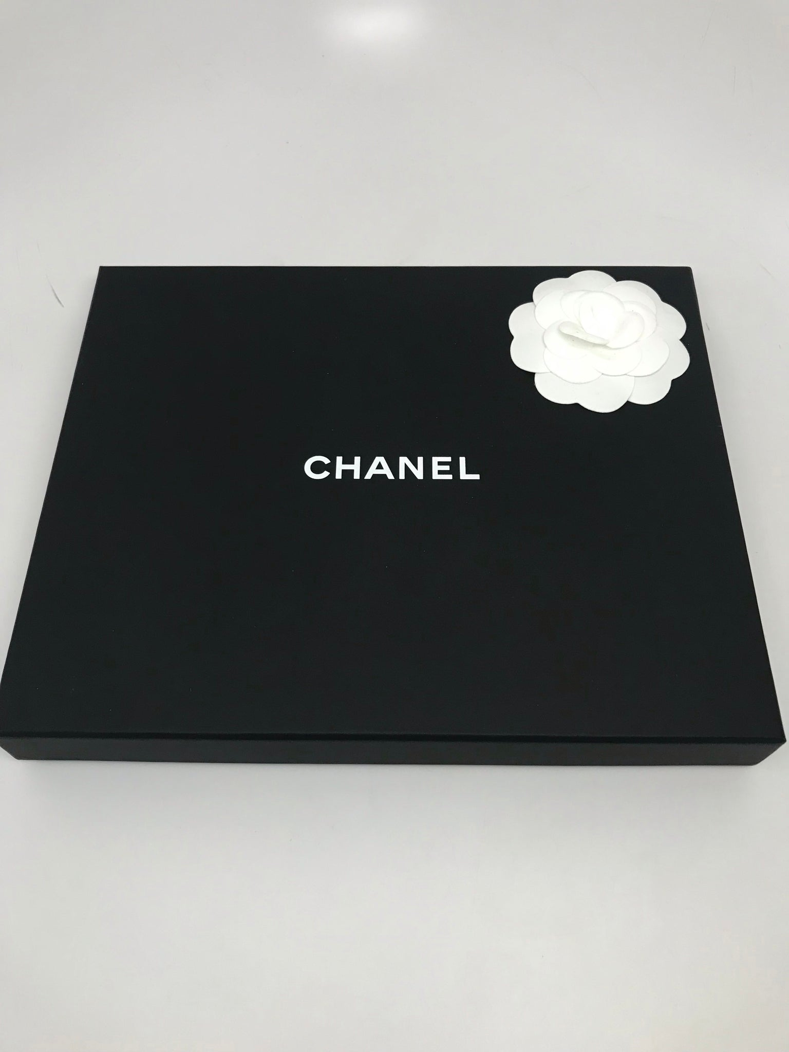 CHANEL CC BLACK PEARL LONG NECKLACE