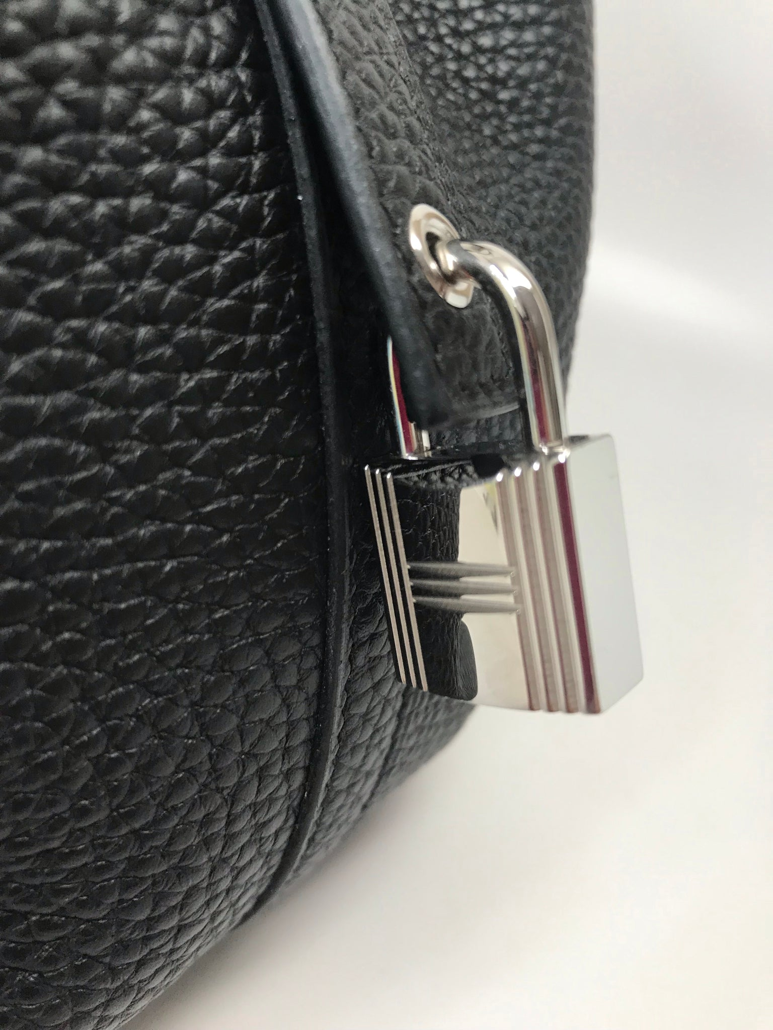 HERMES SAC PICOTIN LOCK BAG 22 IN BLACK CLEMENCE LEATHER