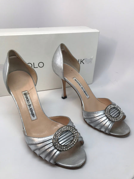 MANOLO BLAHNIK SEDARABY SILVER LEATHER D'ORSAY PUMP - SIZE 37.5